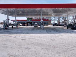 cubbys gas side